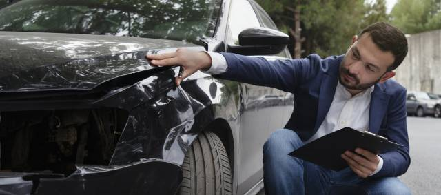 5 Reasons You Should Consult a Lawyer If You Are a Car Accident Victim